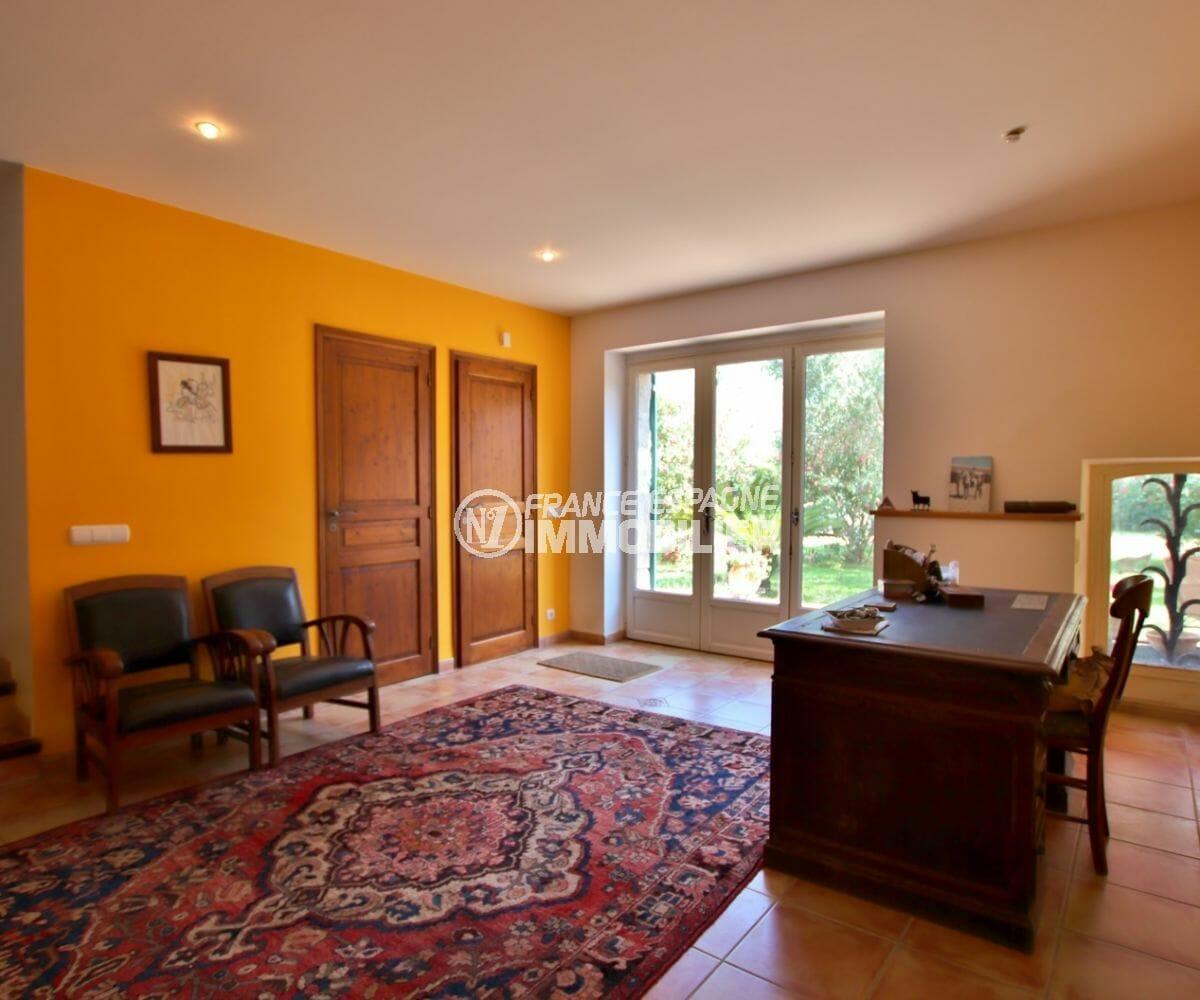 maison à vendre à empuriabrava, investisseent, hall d'entrée de 24 m², coin bureau aménagé