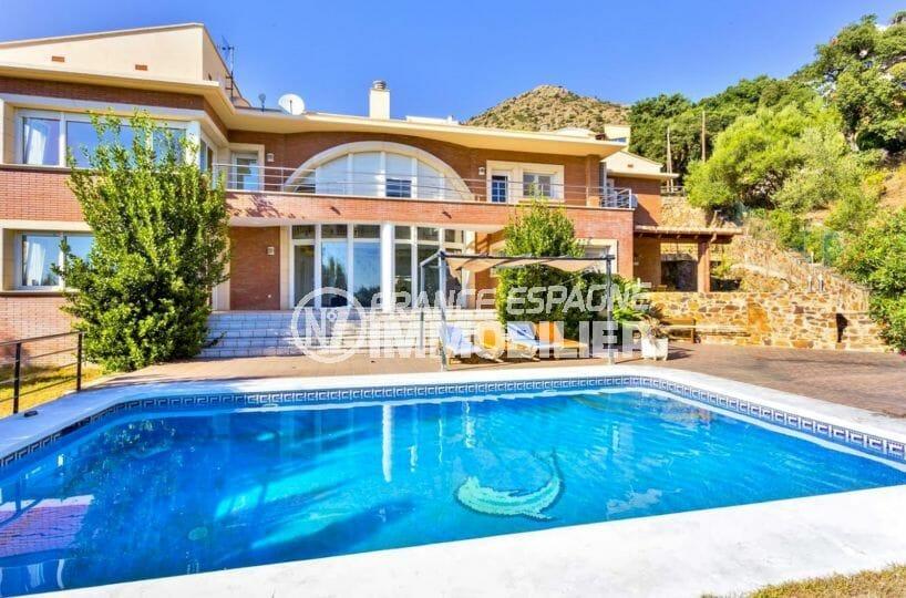 immobilier costa brava: magnifique villa vue mer, piscine, jardin de 700 m², 4 chambres