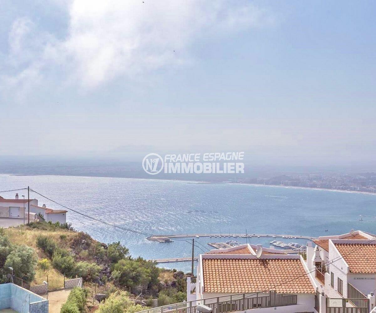 immobilier costa brava: villa avec vue mer, piscine et terrain de tennis, proche plage