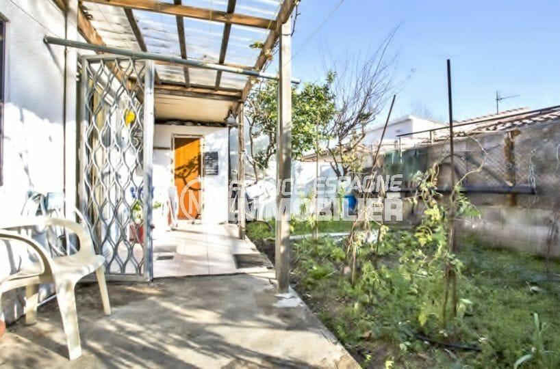 maison a vendre empuria brava, garage, vue sur le terrain de 218 m²