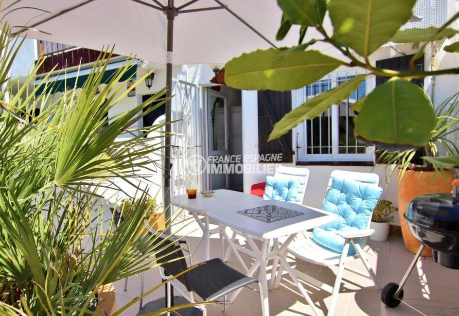 maison a vendre empuria brava, secetur calme, terrasse avec coin détente aménagé