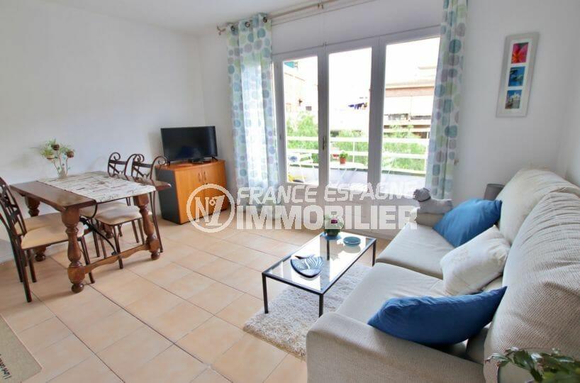 immobilier rosas: appartement 43 m² proche commerces, port et plage à 200 m