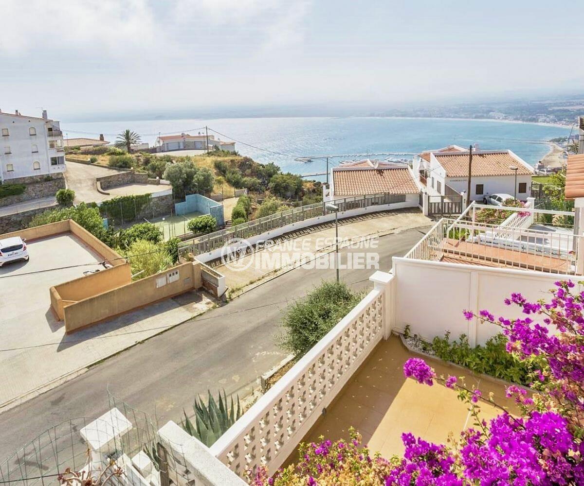 agence immobiliere costa brava: villa 72 m², vue sur la mer depuis la terrasse