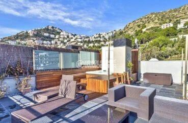 vente appartement rosas, piscine, terrasse solarium de 70 m² avec espace détente