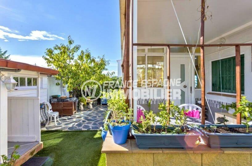 agence immobiliere costa brava: villa 67 m², vue sur la terrasse solarium