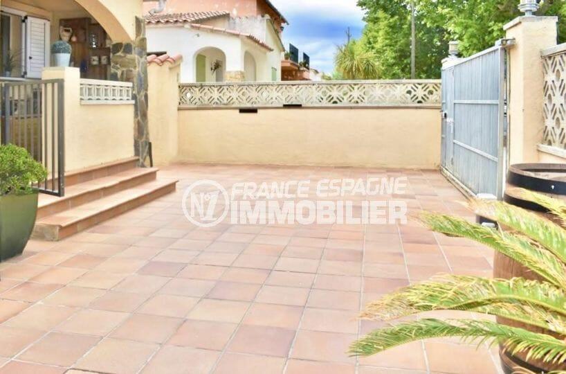 maison a vendre empuria brava, secteur calme, terrain de 233 m² possibilité piscine