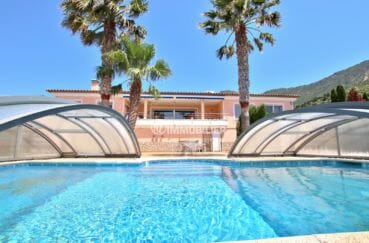 palau immobilier: villa de 300 m² avec piscine sur jardin 1364 m²