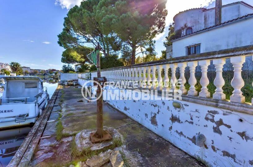 maison a vendre empuriabrava, proche plage, vue sur le canal avec amarre de 26 m