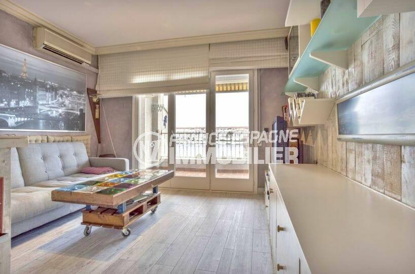 vente appartement empuriabrava, possibilité amarre, salon / séjour accès terrasse
