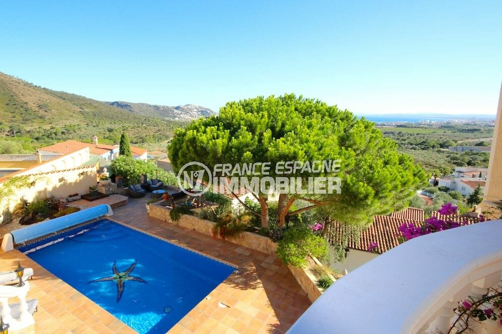 agence immobiliere costa brava: villa vue mer, garage et piscine, appartement indépendant, proche plage