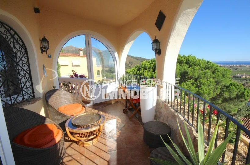 agence immobilière roses: villa 216 m², terrasse à l'étage vue magnifique espace détente
