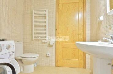 la costa brava: appartement 72 m² avec amarre, salle d'eau avec lave linge et toilettes