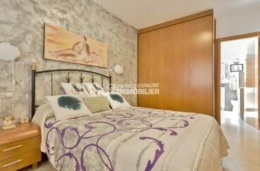 maison a vendre espagne, proche plage, première suite parentale avec salle de bains attenante