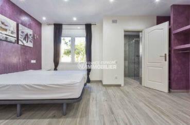 vente immobilier costa brava: villa 150 m², deuxième suite parentale avec salle d'eau attenante