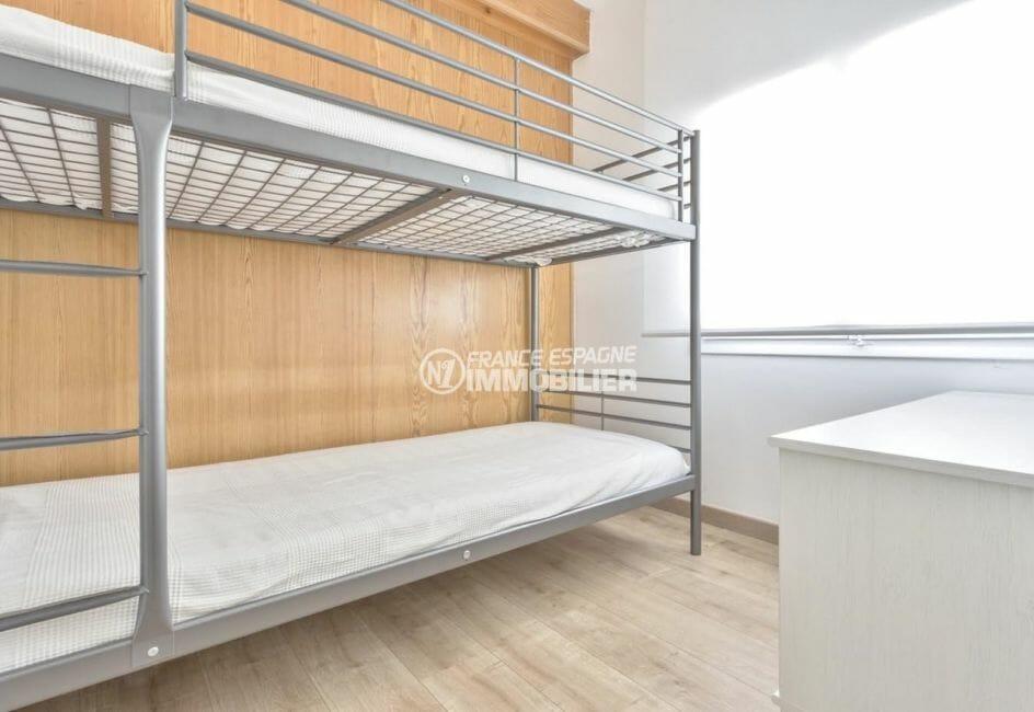 vente appartements rosas espagne, cave, troisième chambre avec lits suerposés