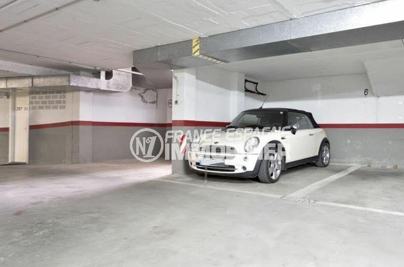 vente immobilière costa brava: appartement 55 m², place de parking privée en sous-sol