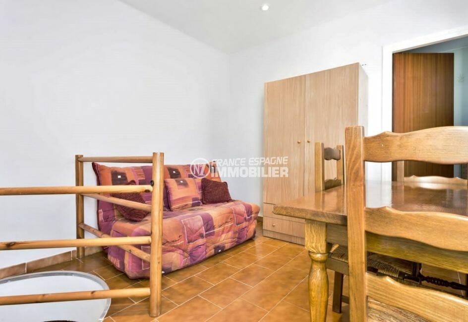 appartement à vendre empuriabrava, proche plage, deuxième chambre avec canapé convertible