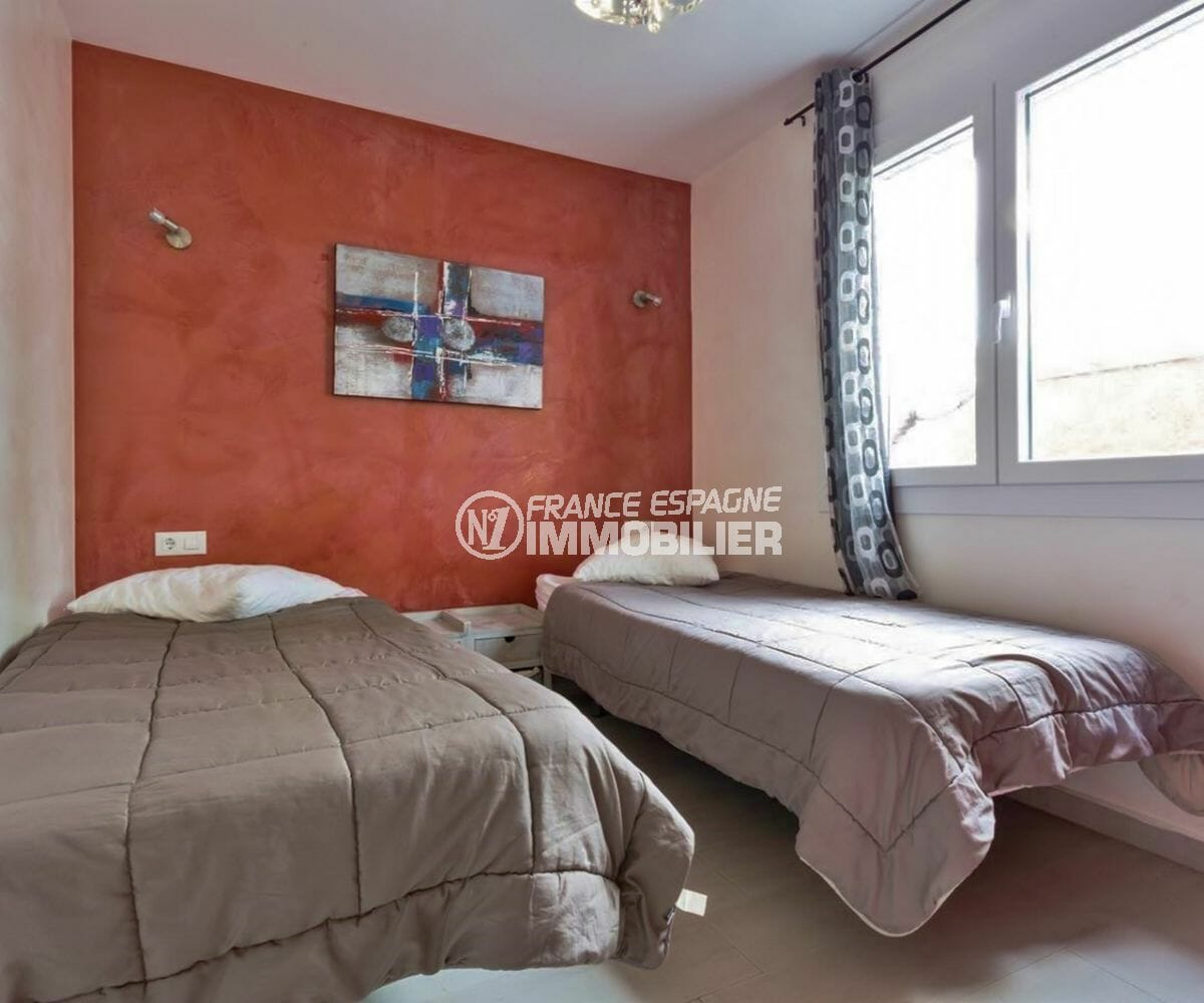 la costa brava: villa piscine et jacuzzi, chambre 5 avec deux lits simples
