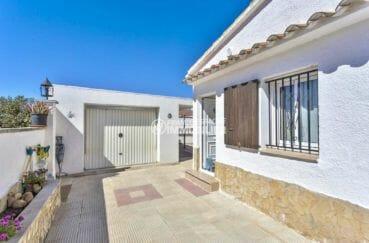 acheter maison costa brava, proche plage, terrain de 295 m² avec garage