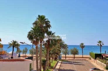 immobilier rosas: appartement spacieux, 2ème ligne vue mer frontale, plage et commerces à 100 m
