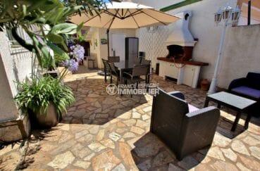maison a vendre empuria brava, proche plage, terrasse avec barbecue et coin repas / détente