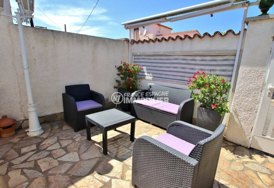 immo empuriabrava: villa 81 m², terrasse avec coin détente aménagé