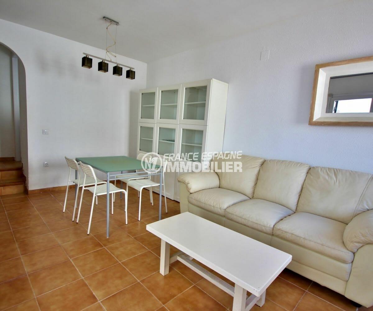 agence immobiliere costa brava: villa 57 m², salon / séjour avec coin repas