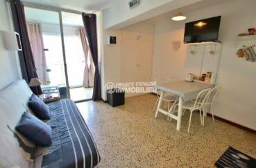 agence immobilière empuriabrava: appartement 33 m², salon / séjour coin repas accès terrasse