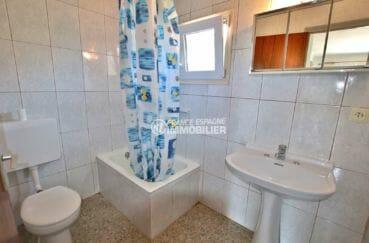 appartements a vendre a rosas, 33 m², salle d'eau avec douche, lavabo et wc