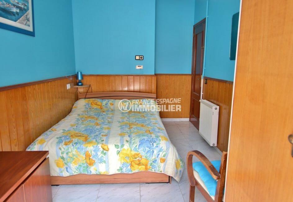 appartements a vendre a rosas, plage 600 m, deuxième chambre avec lit double