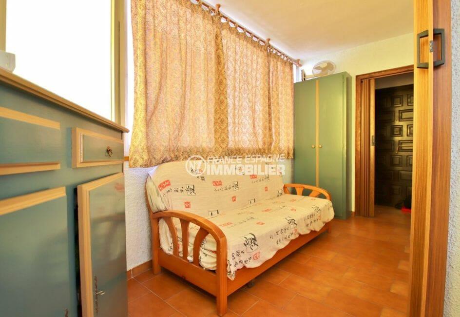 acheter appartement rosas, pas cher, deuxième espace de couchages dans la véranda