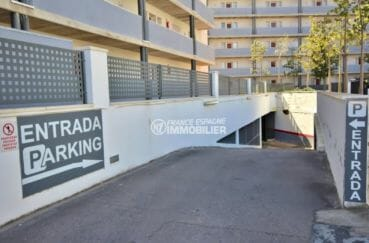 acheter appartement rosas, 63 m², aperçu du parking souterrain privé