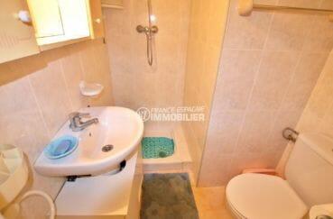 vente immobilier costa brava: villa 81 m², salle d'eau avec wc appartement indépendant