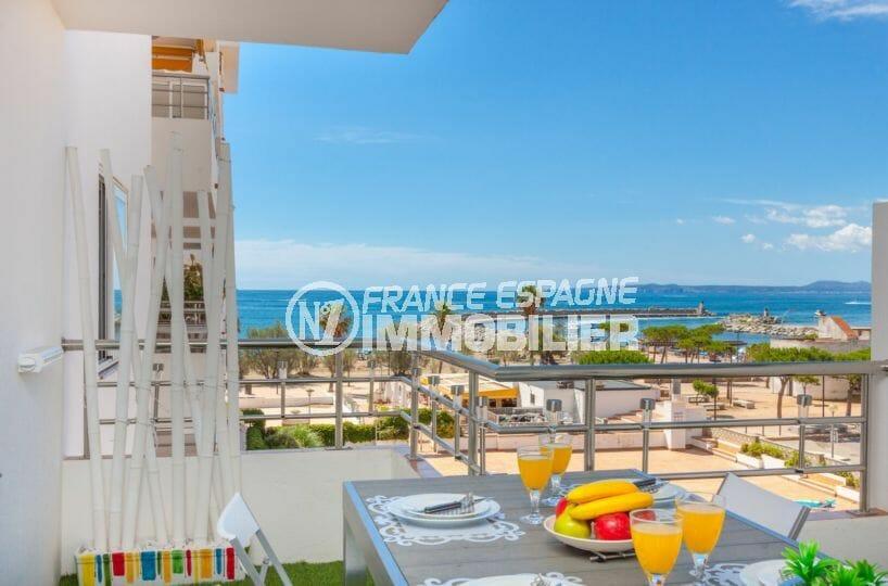 vente appartement rosas, vue mer, résidence avec piscine au pied de la plage