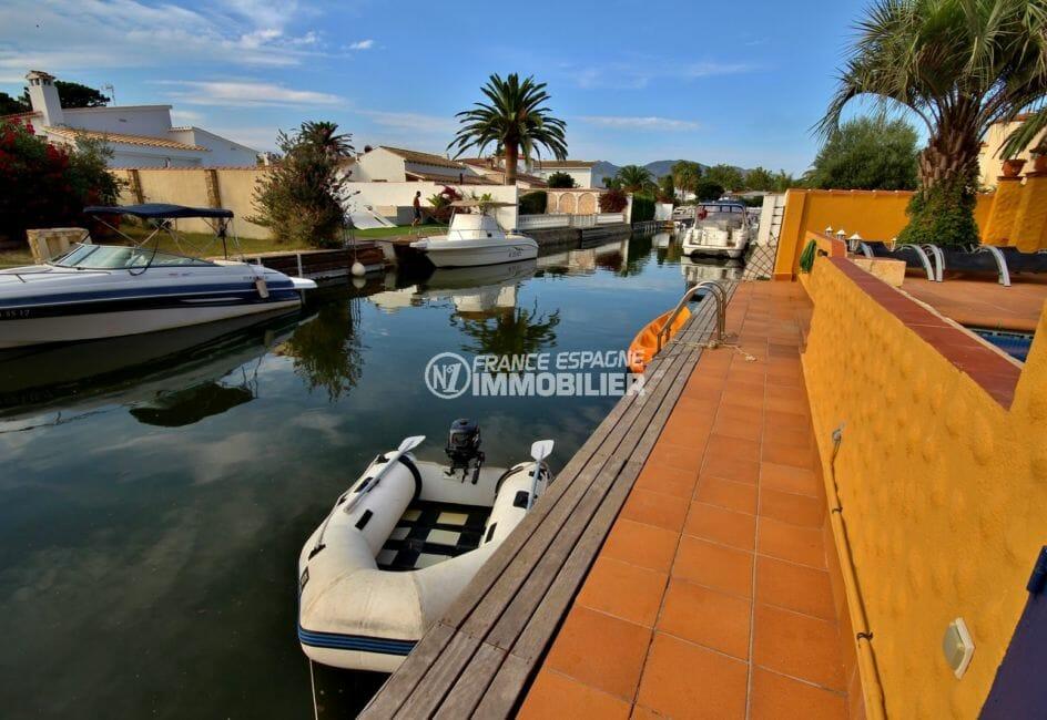 agences immobilières empuriabrava: villa 170 m², aperçu de l'amarre de 12,5 m accès piscine