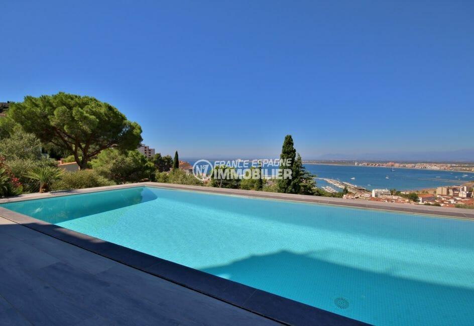 roses espagne: villa 300 m², vue sur la piscine avec magnifique vue mer