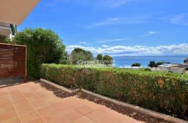 immo roses: appartement dans secteur prisé, parking, vue mer, plage à 600 m