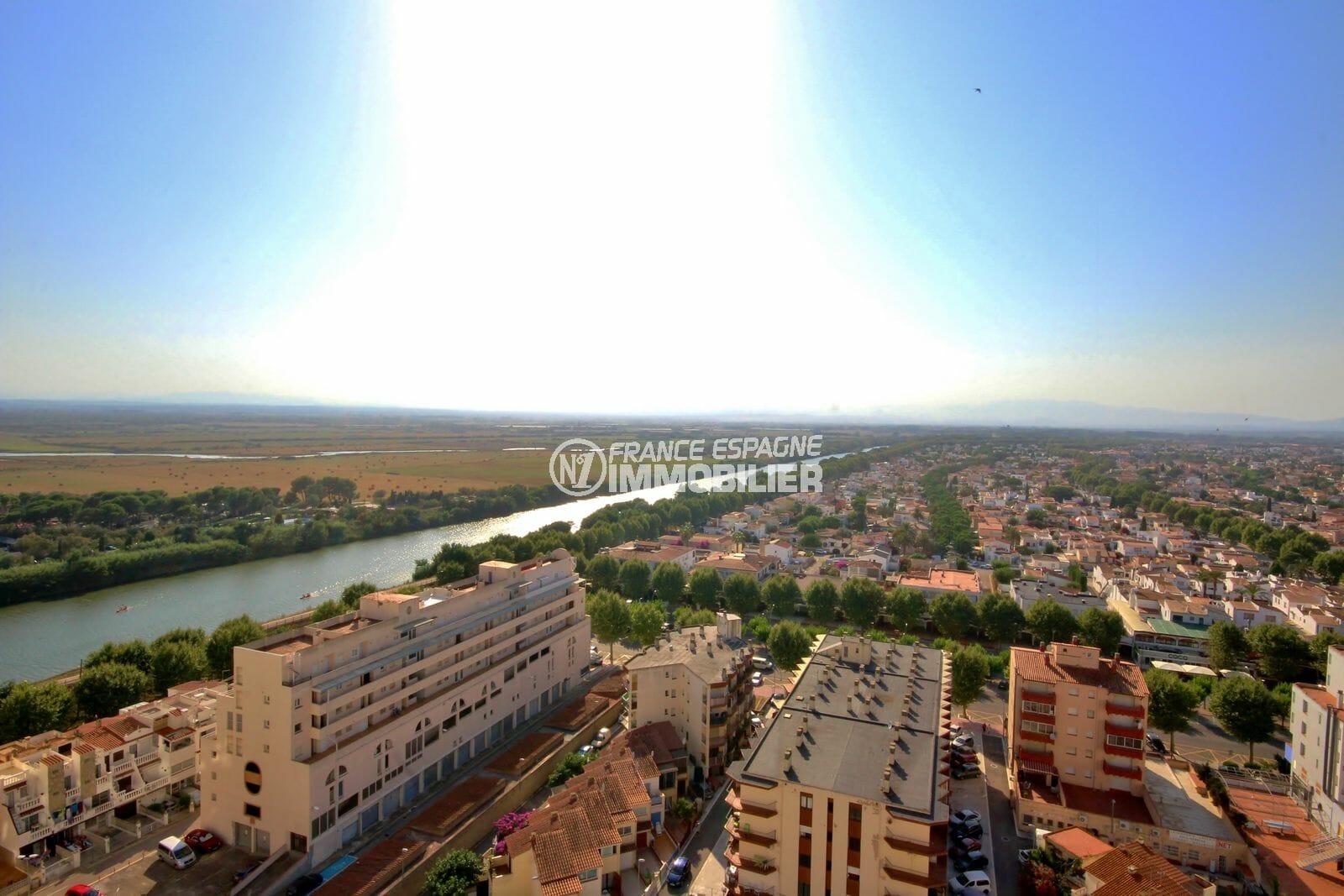 acheter appartement empuriabrava: studio 24 m², vue dégagée sur le canal depuis la terrasse