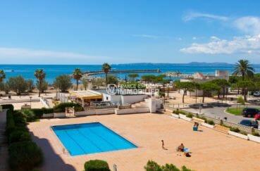agence immobilière costa brava: appartement 50 m², vue sur la piscine depuis la terrasse