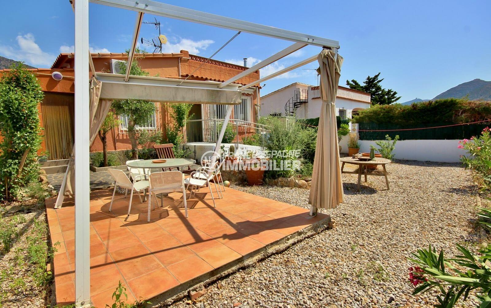 maison a vendre a rosas, avec jardin 388 m² , vue sur la salle à manger d'été