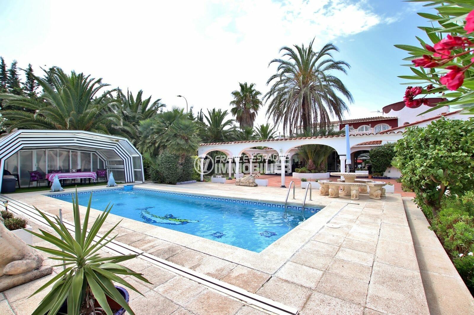 agence immobilière costa brava: villa 544 m², piscine de 9 m x 4 m avec abri pour l'hiver