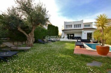 maison costa brava, 94 m² sur un terrain de 563 m² avec piscine, vue canal