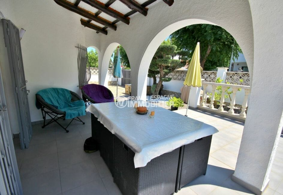 achat maison costa brava: villa 94 m², terrasse couverte accès salon
