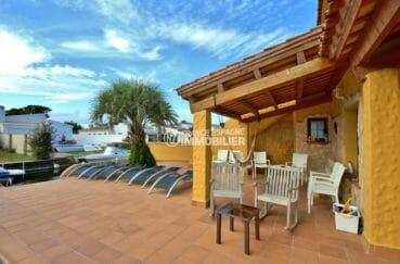 immo empuriabrava: villa 170 m², vue sur le canal accès amarre depuis la terrasse