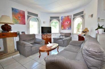 maison a vendre empuria brava, secteur prisé, grand salon / séjour lumineux