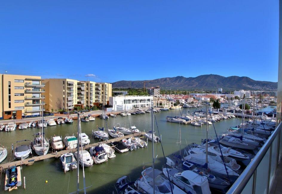 acheter appartement rosas, piscine, vue sur la marina et les montagnes depuis la terrasse