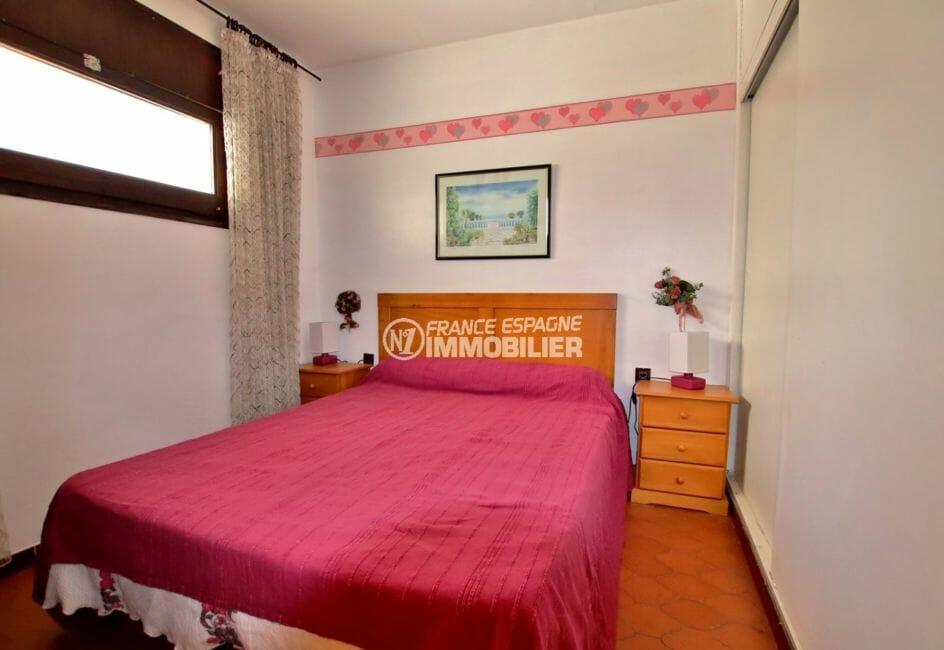 vente appartement rosas espagne, parking, chambre alcôve avec lit double
