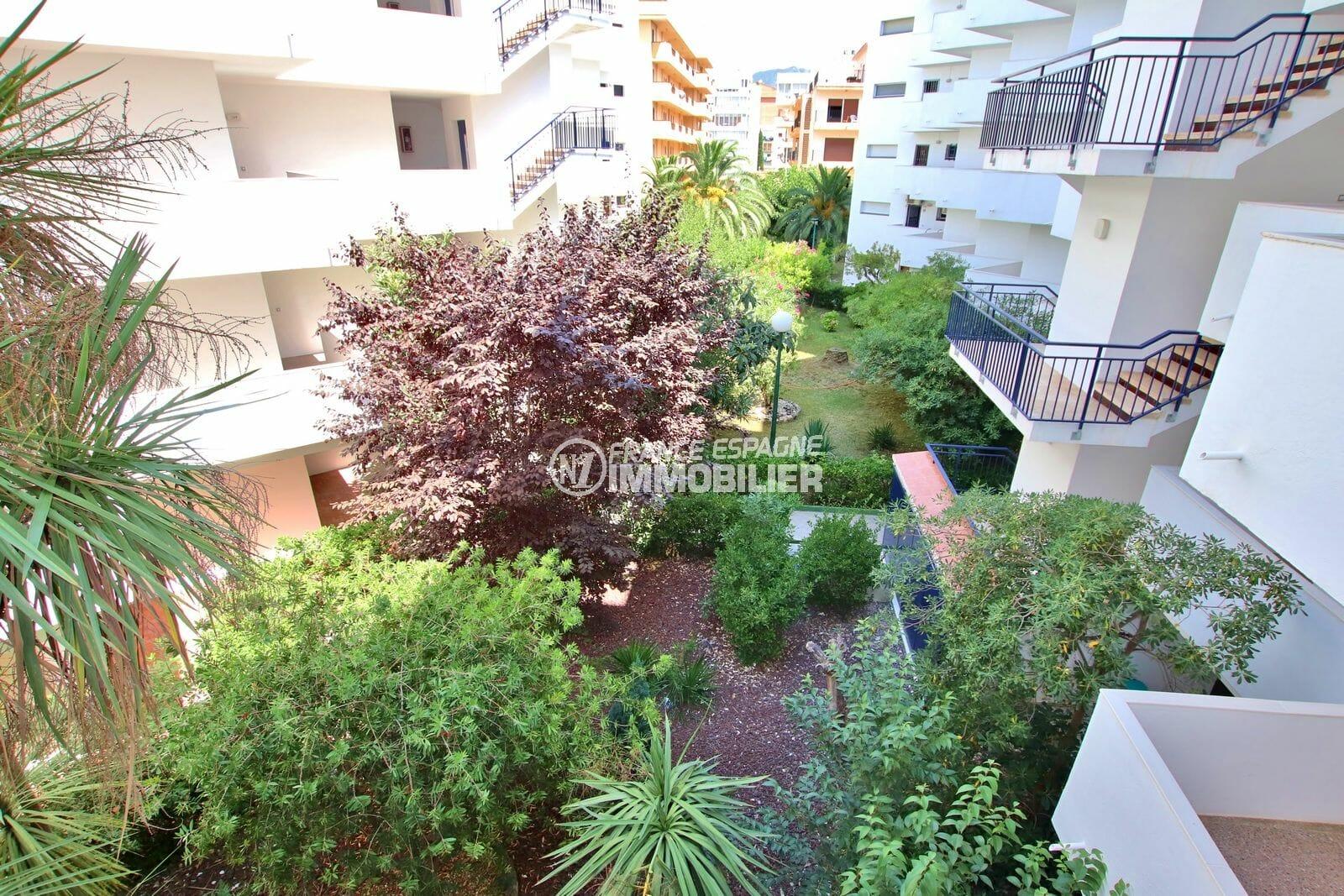 acheter appartement roses: 53 m², aperçu des parties communes de la résidence