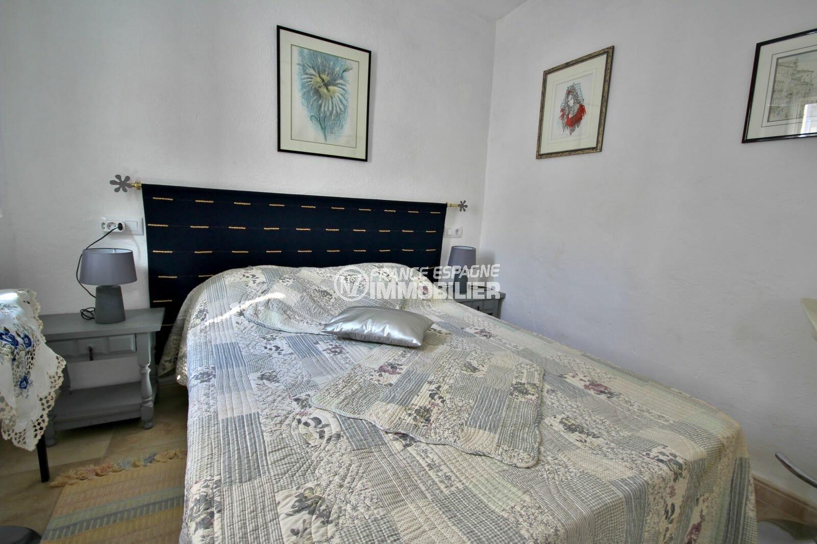 maison a vendre espagne, proche plage, troisième chambre avec lit double
