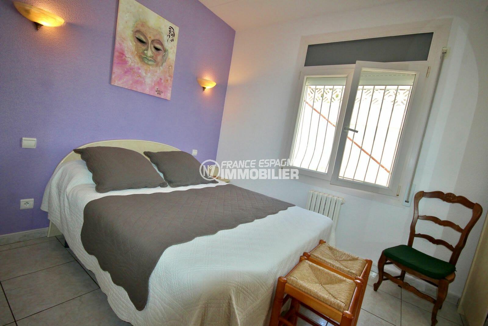 maison a vendre a empuriabrava, garage, troisième chambre avec lit double